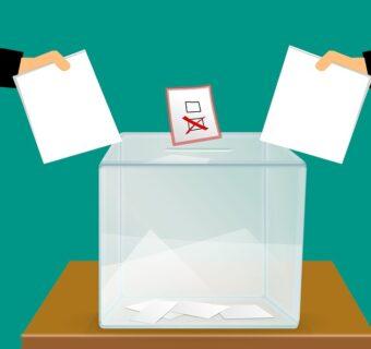 urna wyborcza - głosowanie